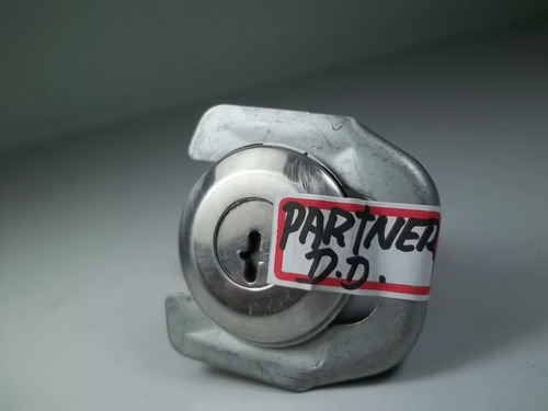 cilindro chave porta dianteira direita peugeot partner