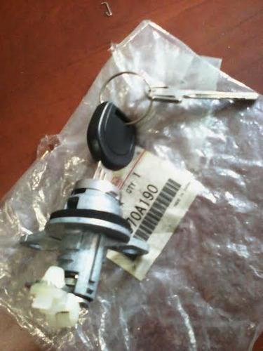 cilindro compuerta trasera mitsubishi outlander cu5w 2.4