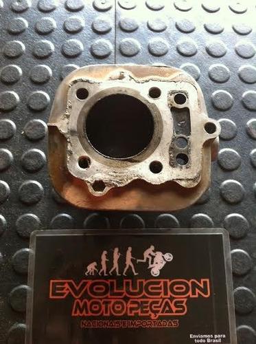 cilindro de titan 125 (precisa de retifica)