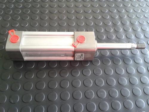 cilindro neumatico 1 1/2   de diametro  x 3  de carrera