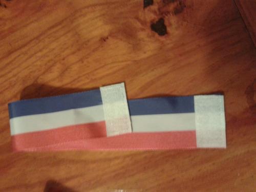 cinta para apoya cabeza ,peugeot,renault, bandera , insignia
