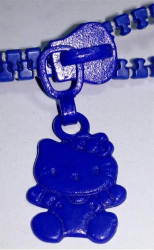 cinta porta pendriver  modelo cierre con detalle metálico