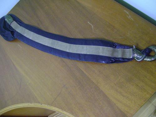 cinto couro cobra - bom estado - comprimento fixo 90 cm
