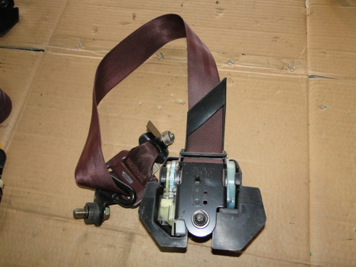cinto de segurança dianteiro mazda 626 1990