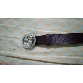 83751c0329 Cinto Gucci Monogram - Calçados