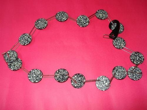 cinturón collar pop art acrílico blanco/negro e.gratis+cuota