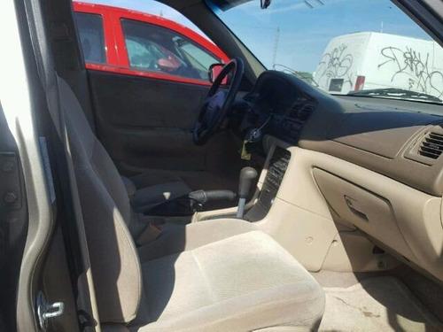 cinturon de seguridad  mazda 626 1995-1999