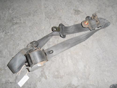 cinturón delantero derecho kia sephia año 1993-1997