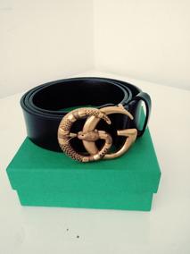 gran descuento 7e513 82a74 Cinturón Gucci Doble G Serpiente