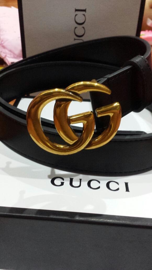Cinturón Gucci Negro  2a6d6b93dc9