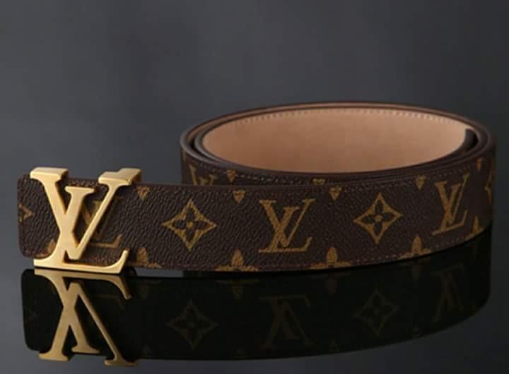 f46bd4c07 Cinturon L.v. Monogram Talle 110 - $ 2.500,00 en Mercado Libre