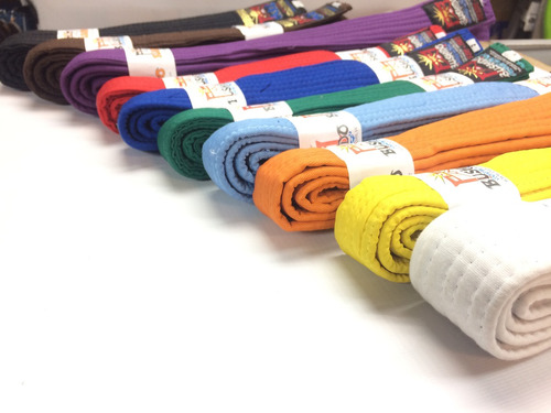 cinturon morado de artes marciales.desde la talla 0 a 8
