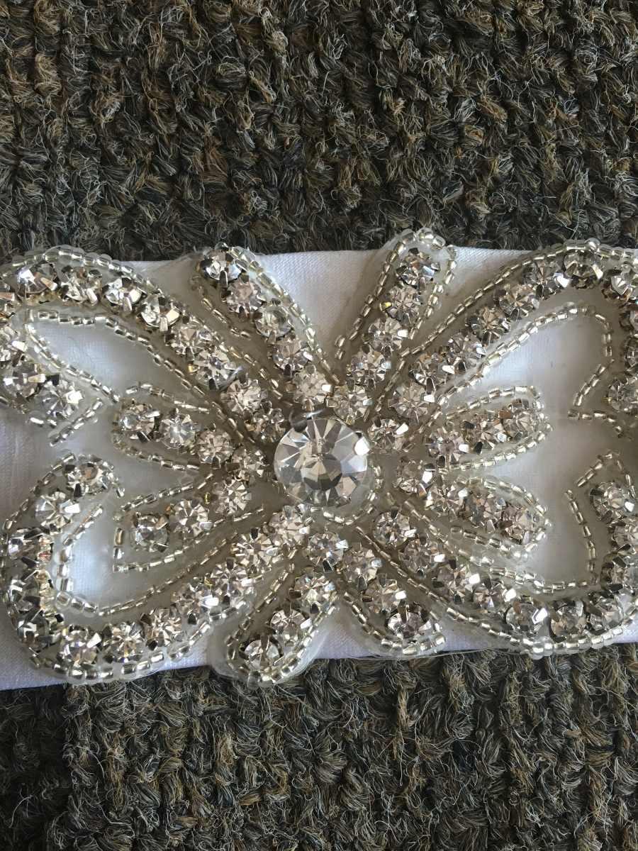 Cinturones con pedreria para vestidos de novia
