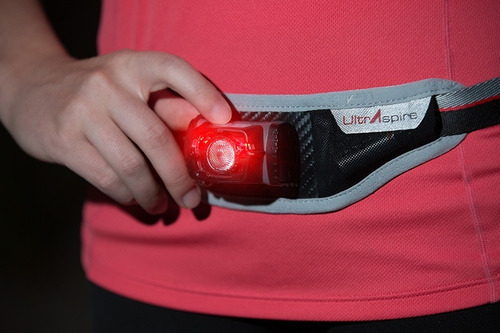 cinturon riñonera running unisex ultraspire luz 220lm-ciclos