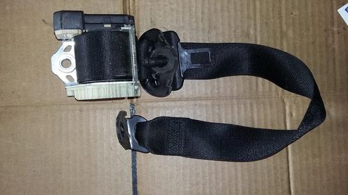 cinturón trasero derecho chevrolet astra 2005