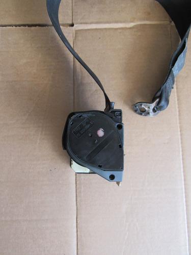 cinturon trasero derecho volkswagen jetta a-4 1999-2007