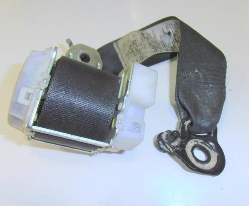 cinturon trasero izquierdo toyota yaris sedan año 2006-2012