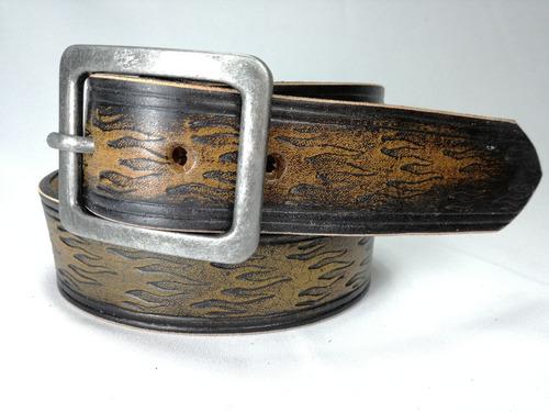 cinturones nomadic cuero