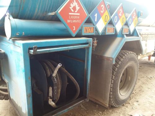 cisterna  surtidor de combustible 3000 galones