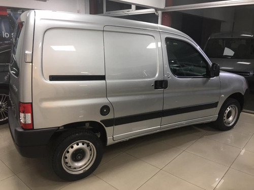 citroen berlingo business 1.4 0 km.