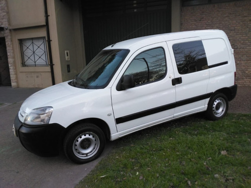 citroen berlingo hdi 1.6 bussines mixto 2015 excelente