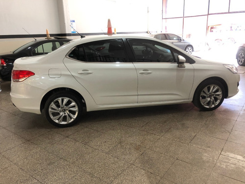 citroen c4 lounge 1.6 hdi feel pack mt 2016 financiamos