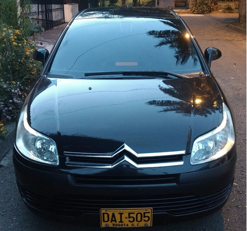 citroen c4 turbo diesel 1.6. hace 90 kms por galon!!!