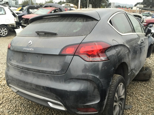 citroen ds4 desarmando