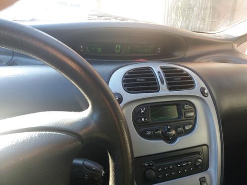 citroen picasso 2.0 i 5 puertas 2008 color gris