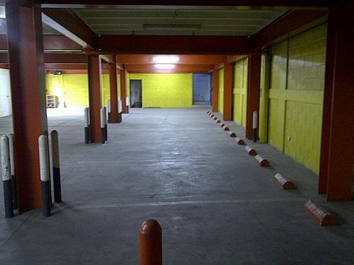 citymax renta edificio 1,500m2 en alameda roosvelt