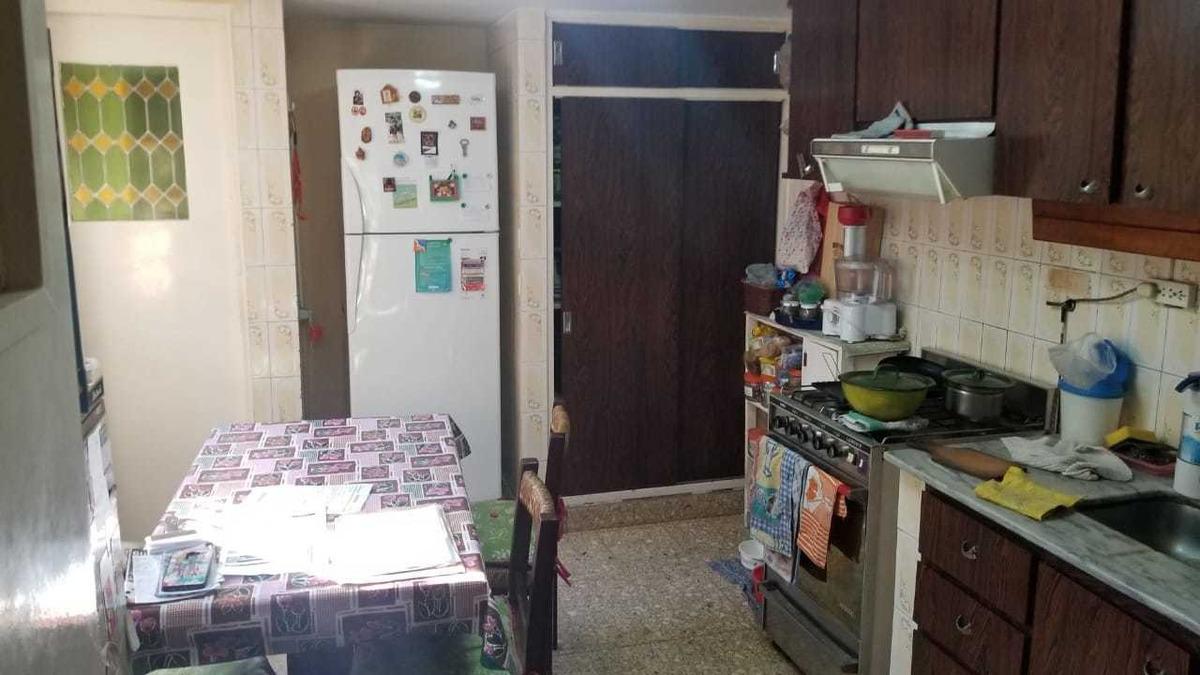 ciudad jardin en venta chalet de 7x20 amplio living comedor; cocina  3 dormitorios y garage. tomo depto f: 7993