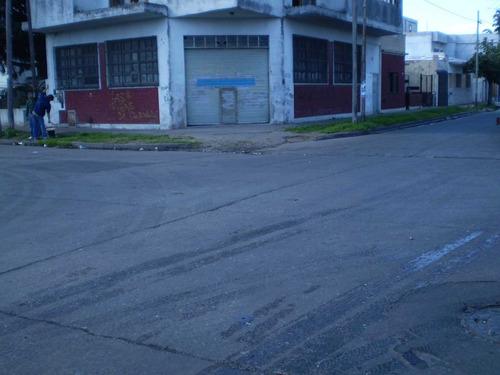 ciudadela n- galpon en esquina ph. sup cub 120m2