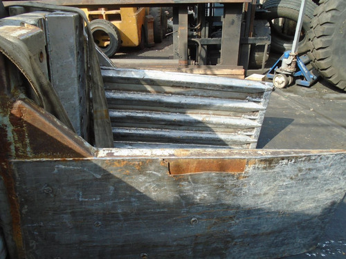 clamps de fardo para empilhadeira de 7 toneladas  .