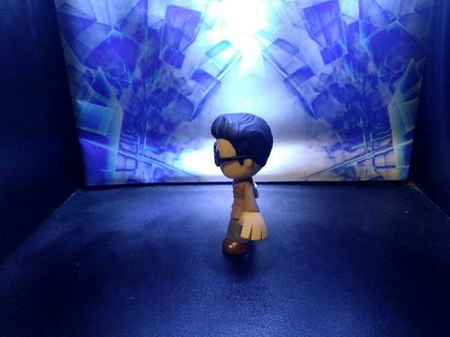 clark kent - dc comics - funko mystery mini - sheldortoys