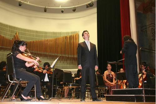 clases de canto, piano y violín