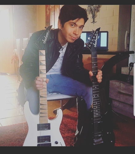 clases de guitarra  acústica  y eléctrica online