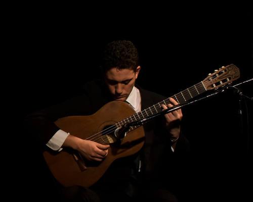 clases de guitarra criolla presenciales en almagro y online