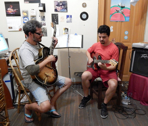 clases de guitarra en capital,villa pueyrredon,villa devoto