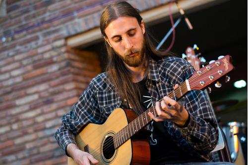 clases de guitarra en tigre por claudio delgift