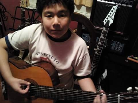 clases de guitarra, on line por skype,zoom,discord,