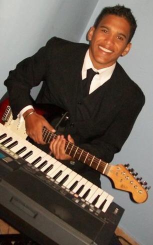 clases de guitarra, piano, canto y/o bajo. 1ra clase gratis