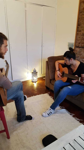 clases de guitarra. talleres grupales