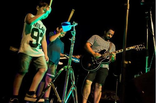 clases de guitarra - ukelele - bajo - charango