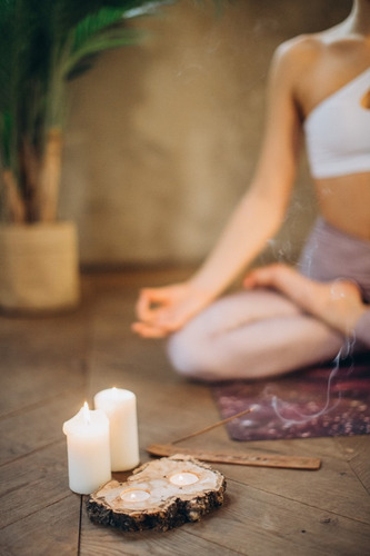 clases de meditación o de yoga en linea