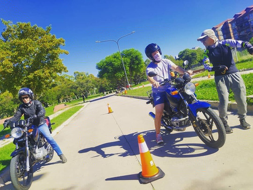 clases de moto/ alquiler a21/a22/a3 (roca/palermo/bsas)