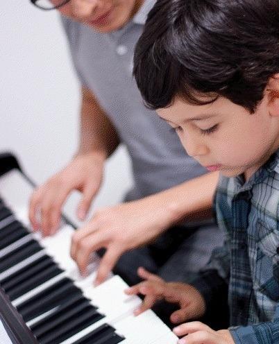 clases de piano a domicilio y online