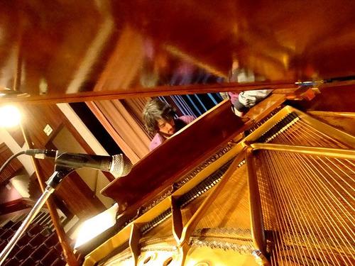 clases de piano, guitarra y bajo - villa urquiza zona subtes