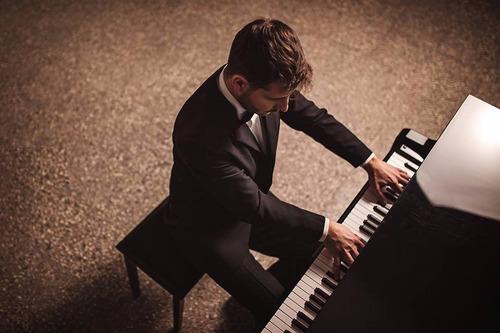 clases de piano - incas y triunvirato // clases-piano.com