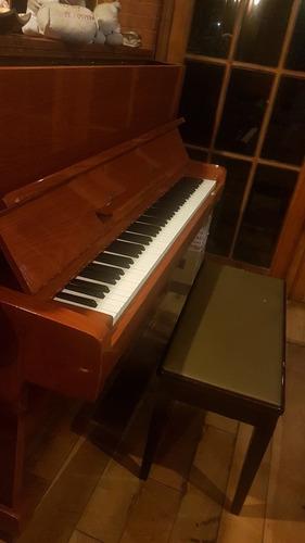 clases de piano popular y/o teoría musical