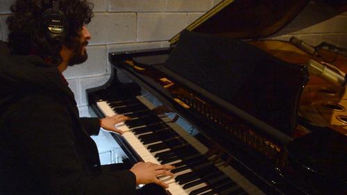 clases de piano / teclado a domicilio en boedo